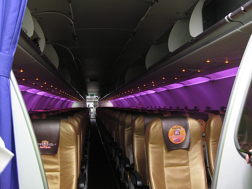 Vueling : A320 customisé par Jade Jagger