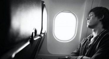 5 règles d'or pour bien dormir dans l'avion