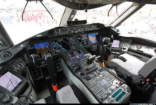 dreamliner-cockpit