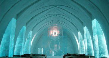 Passer une nuit dans un hôtel de glace