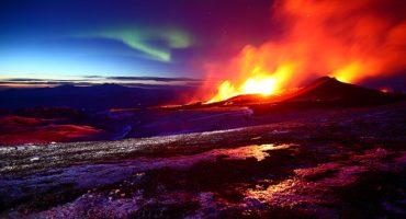 Photographie : quand la lumière polaire rencontre le magma