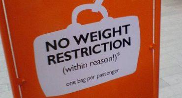 Bagages à main chez easyJet : réduire pour garantir