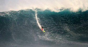 La plus grande vague du monde surfée à Nazaré