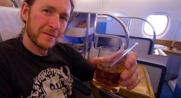 Bientôt la fin de l'alcool dans les avions ?