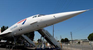Le Concorde entre au musée Aéroscopia