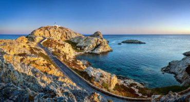 En avion ou en bateau, comment aller en Corse ?