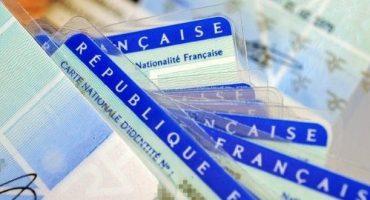 Nouveau : voyager avec une carte nationale d'identité prolongée