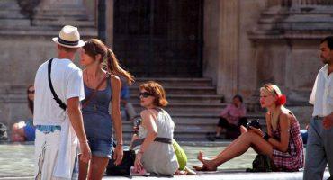 Gare aux pickpockets cet été à Paris !