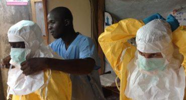 Virus Ebola : la plupart des compagnies maintiennent leurs vols