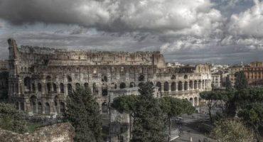 Visiter Rome…son Colisée…ses échafaudages…