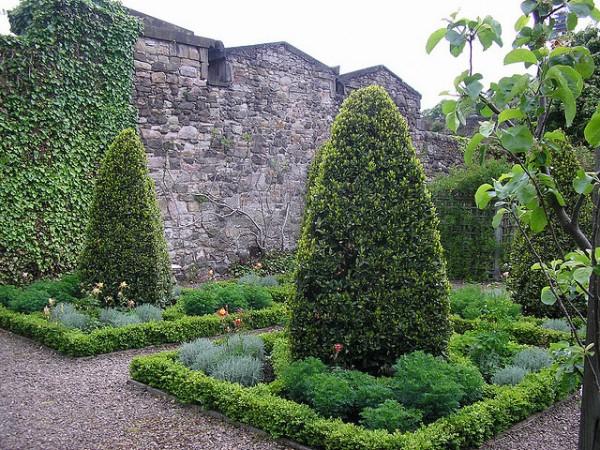 edimbourg-mile-gardens