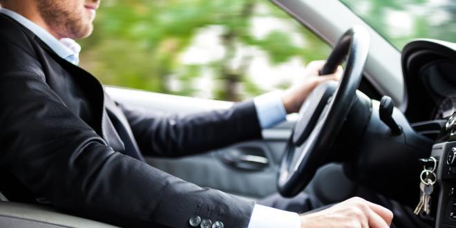 location de voiture : les pièges à éviter - le magazine du voyageur