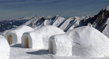 Dormir dans un igloo ou un hôtel de glace