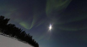 Une aurore boréale sur Google Street View