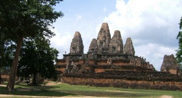 Des touristes à poil virés du Cambodge
