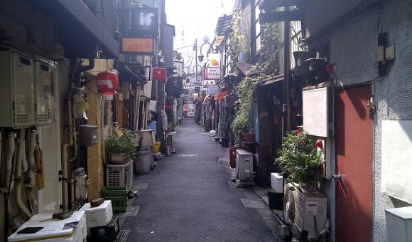 Rue de Tokyo : quartier de Golden Gai