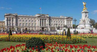 A Buckingham Palace, pénétrez au cœur de la Monarchie britannique