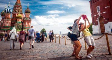 En Russie, un guide pour faire des selfie en toute sécurité