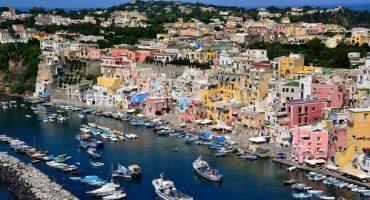 Un tour du monde des villes aux couleurs de l'arc-en-ciel