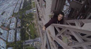 Un aventurier de l'extrême escalade la Tour Eiffel… et filme tout avec une Go Pro