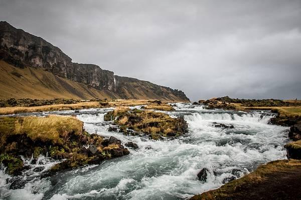 rivière en islande