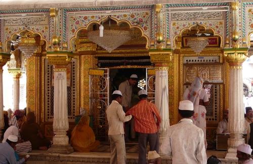 dargah nizamuddin