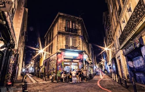 Cours Julien de nuit, Marseille