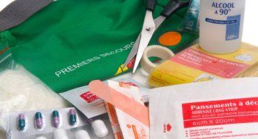 Préparer sa trousse à pharmacie : la check list indispensable du voyageur