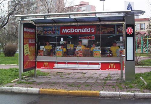 arrêt bus macdo
