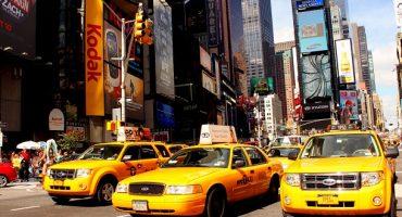 Une annonce Airbnb pour dormir dans un taxi new-yorkais