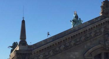 Voltige sur les toits de Paris avec My Little Paris