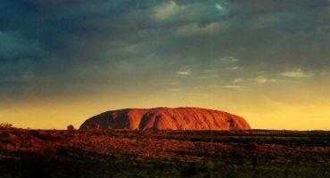 Video : Uluru filmé par un drone pour la première fois