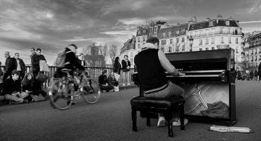 « Paris, on t'aime aussi » : la réponse à une vidéo carte-postale de Paris