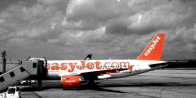 Easyjet op re un changement de terminal orly le magazine du voyageur - Comptoir easyjet orly sud ...