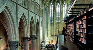 Dormir dans une prison ou boire un cocktail dans une église : découvrez le recyclage architectural