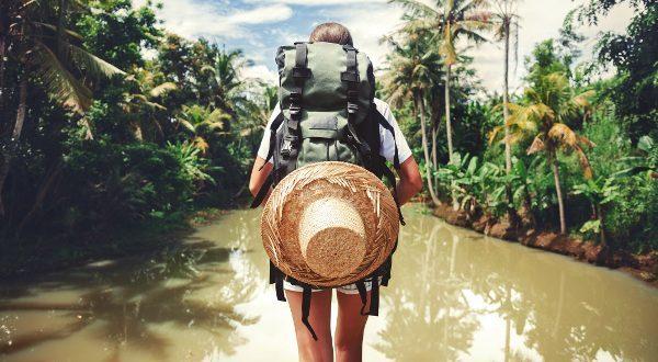 voyageur a l'etranger