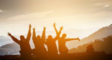 Comment se faire des amis en voyage : mode d'emploi