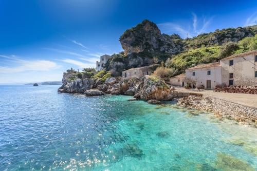 Une petite photo de plage sicilienne, pour vous mettre l'eau à la bouche