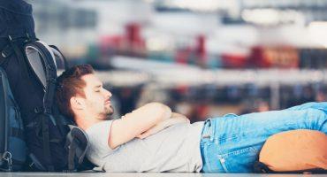 Dormir à l'aéroport : comment optimiser la galère