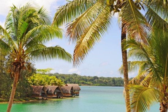 Vanuatu village lagon sea