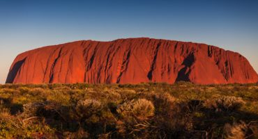 Australie : l'ascension d'Uluru interdite dès 2019