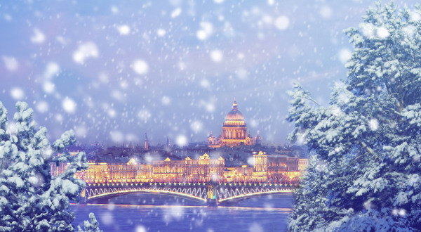Destination- Saint-Pétersbourg-neige