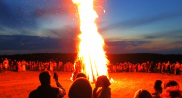 À la Saint-Jean, la Scandinavie joue avec le feu