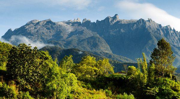 mont Kinabalu en Malaisie