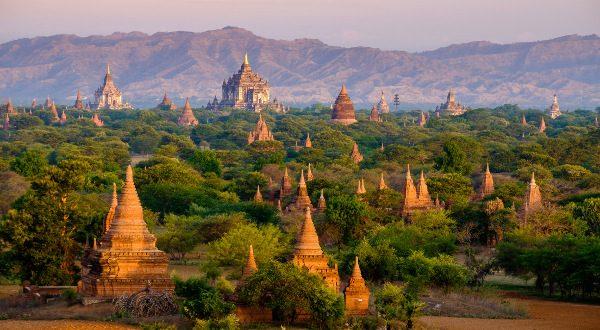temples-de-Bagan-au-Myanma