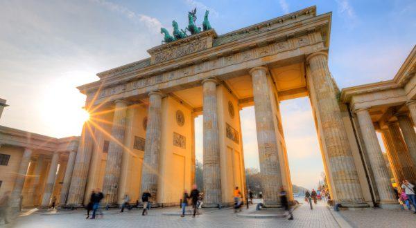 Berlin Porte de Brandebourg shutterstock