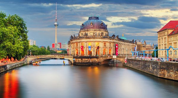 Lîle-au-musées-Berlin-Shutterstock