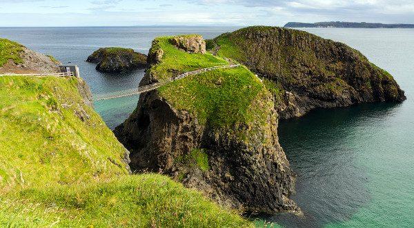 Le pont de Carrick-a-Rede, en Irlande du Nord
