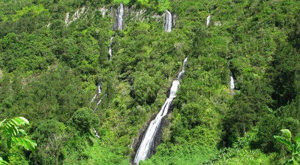 Cascade voile de la Mariée Réunion iStock