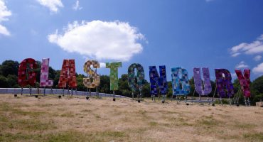 En juin, partez pour Glastonbury
